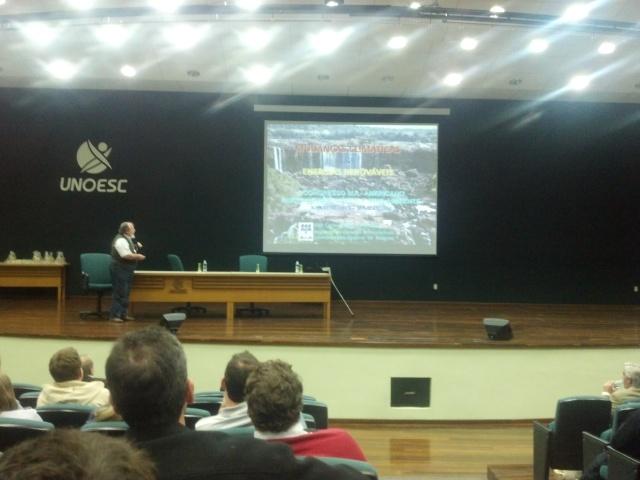 O cientista brasileiro Luiz Carlos Molion: hidrelétrica é a melhor opção de energia renovável para o Brasil