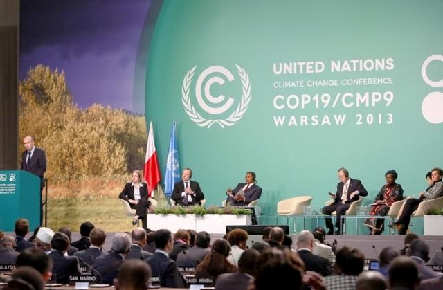 COP 19 Plenário da COP 19 - Ministério de Meio Ambiente da Polônia cop19nova