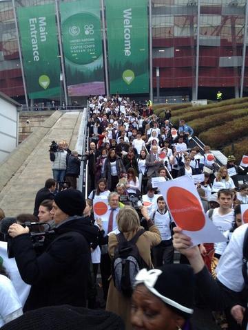 ONGs y Movimientos Sociales abandonan las negociaciones en Varsovia COP 19 - Photo by cc_moreno@yahoo.com