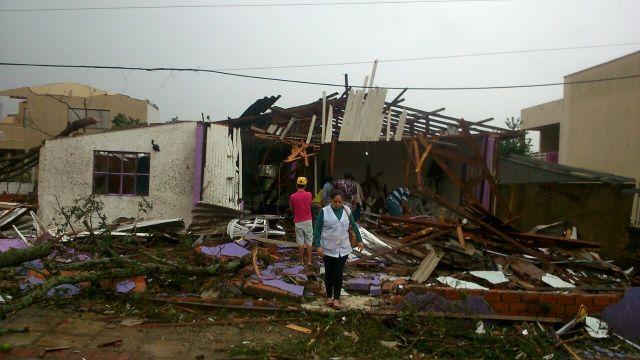 Casas destruídas em Xanxerê (oeste de SC), após o tornado que afetou a região. Foto: Flávio Carvalho / Tudo Sobre Xanxerê